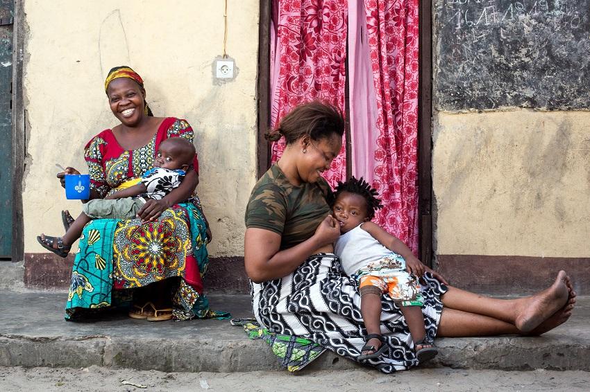 Women nursing children
